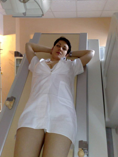 секс фото жена делает минет на дачи №80835
