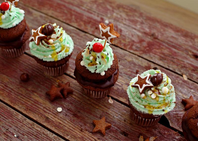 Шоколадные капкейки - пошаговый рецепт с фото #12.