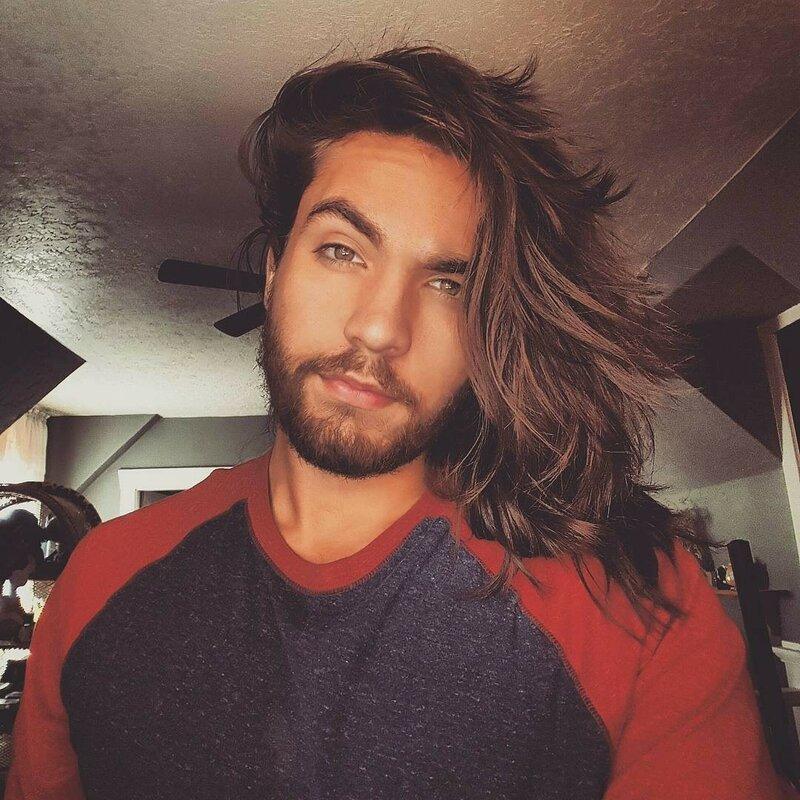 длинноволосые-мужчины-фото3.jpg