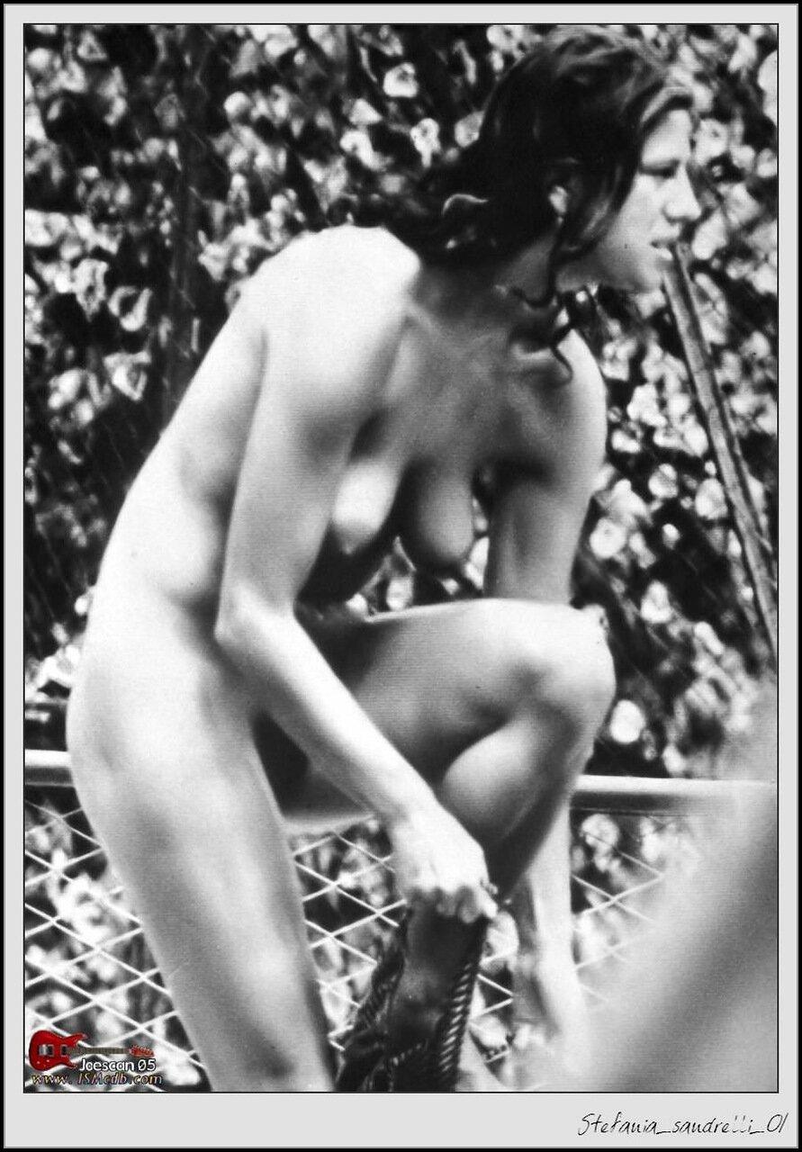 Стефания сандрелли порно 20 фотография
