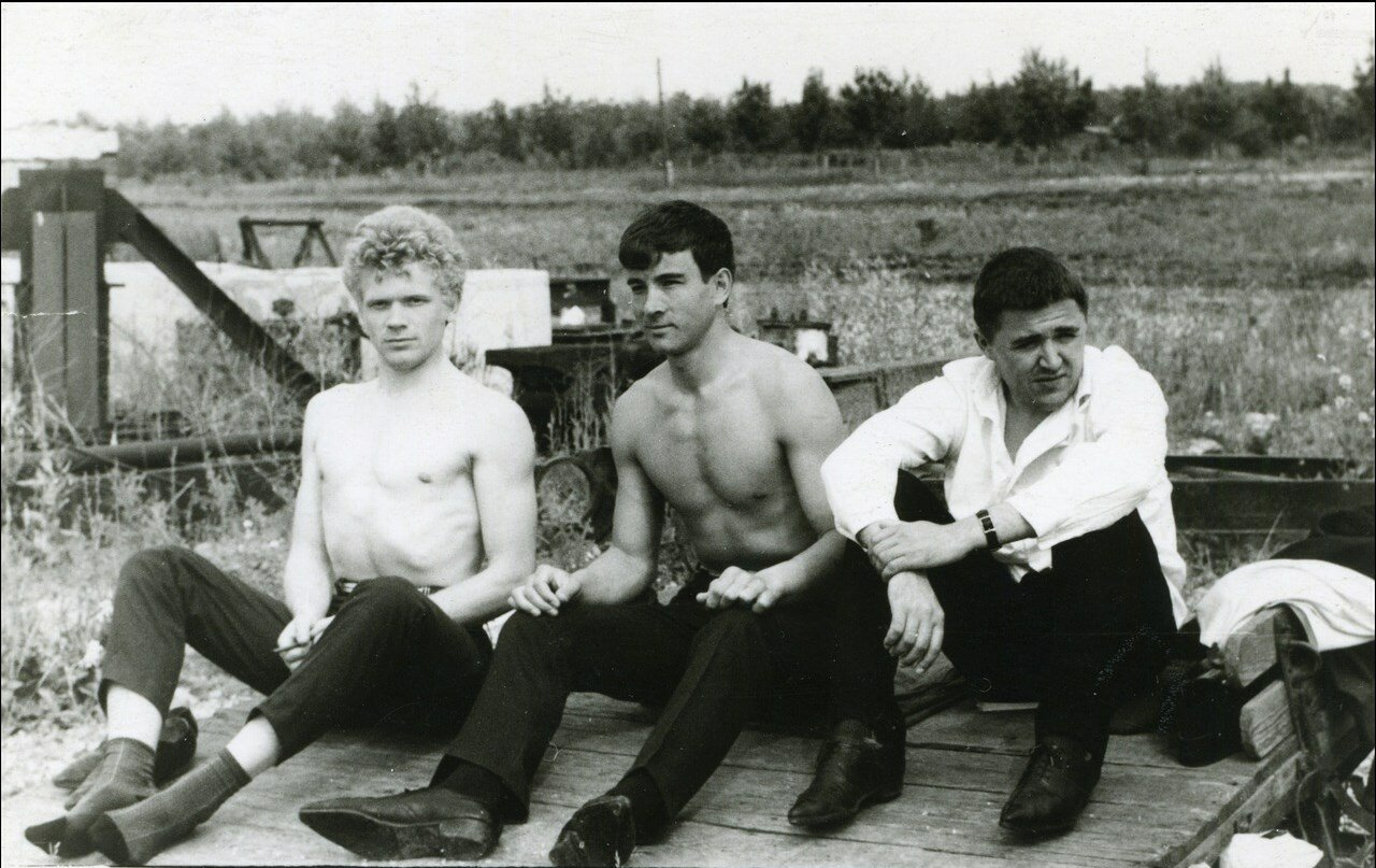 1964. Перекур на полигоне РИСИ