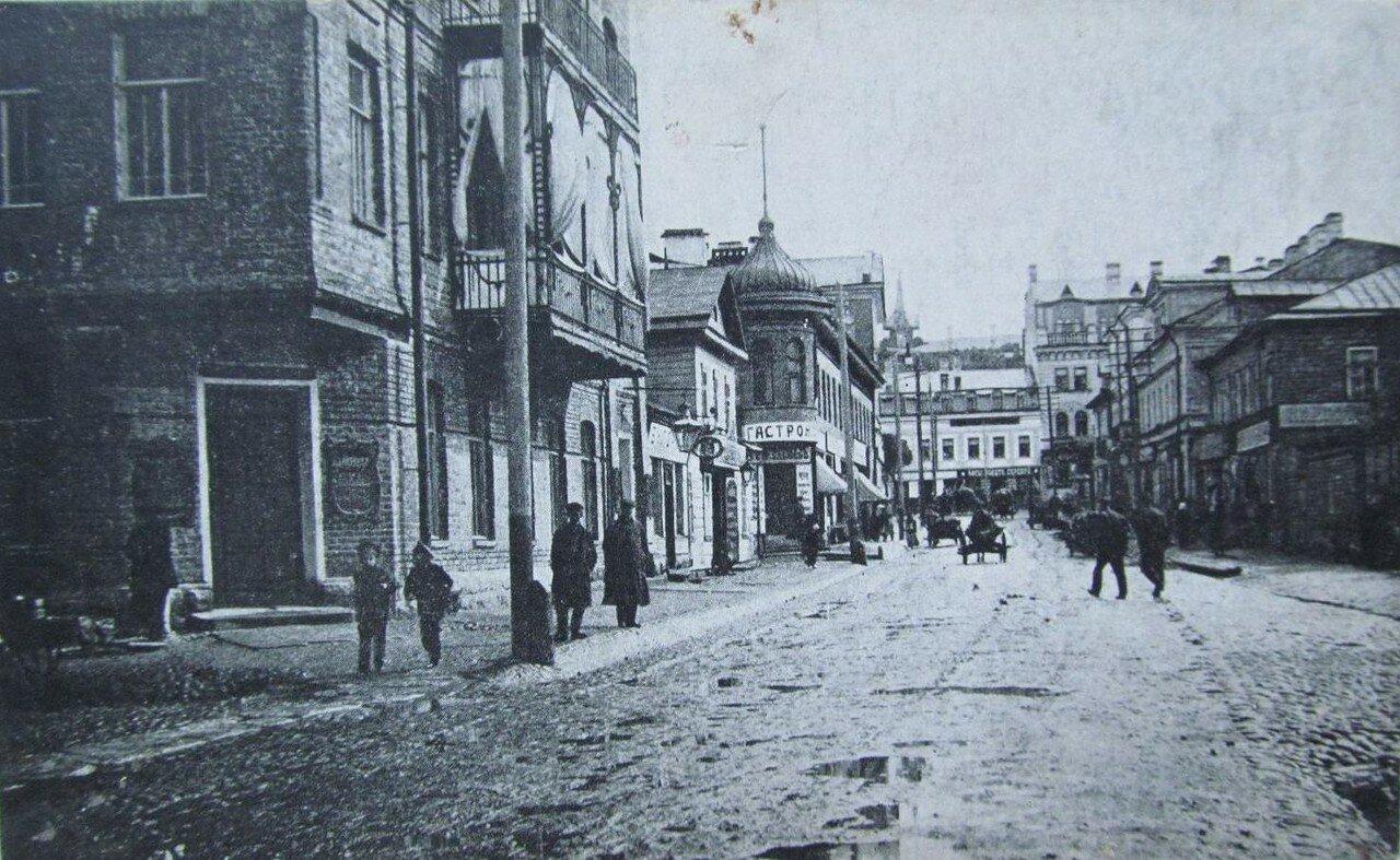 Петроградская улица