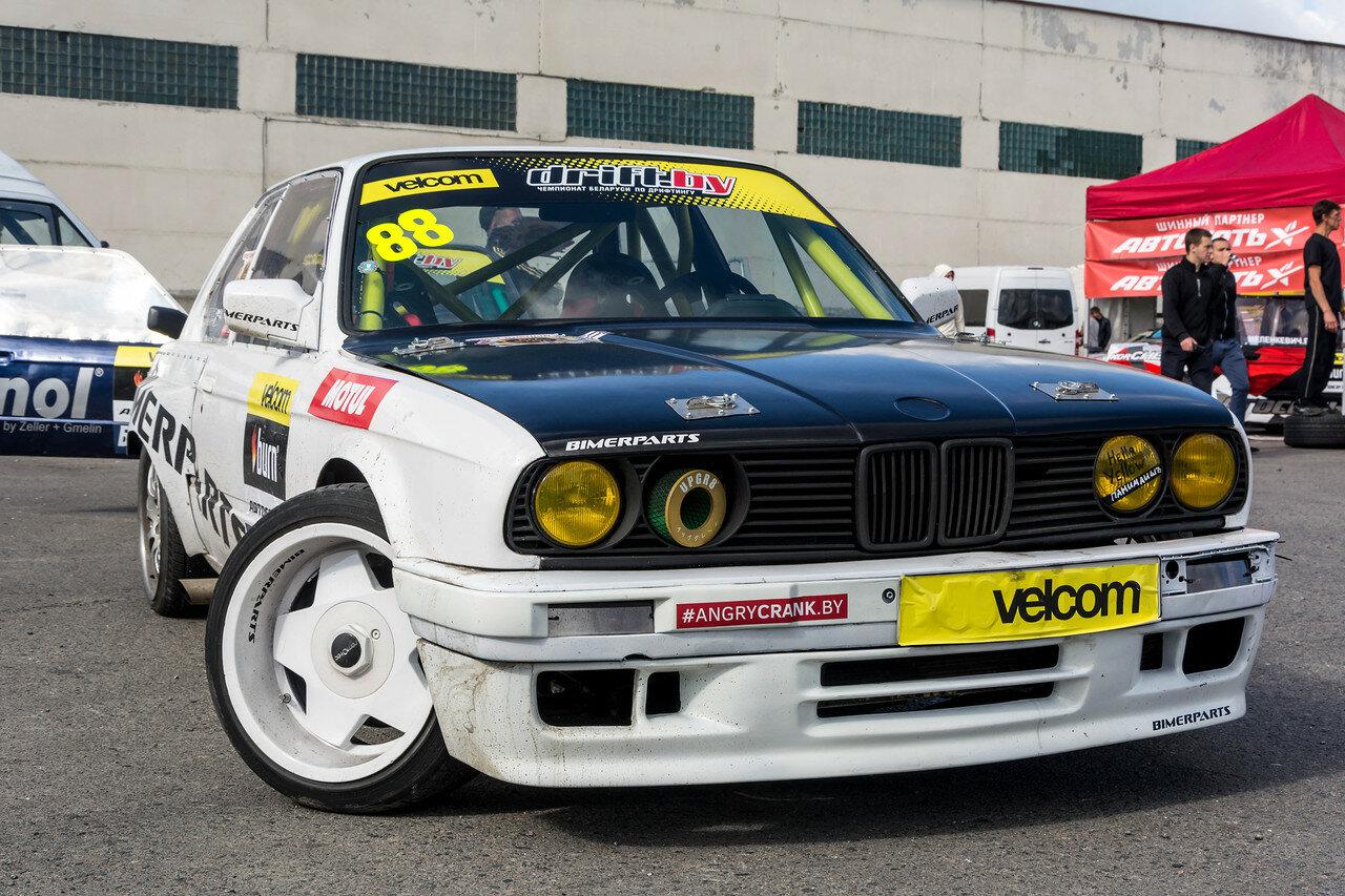 Александр Буга и его BMW 316