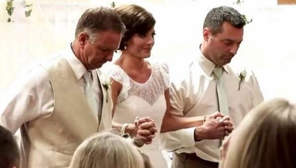 Парализованная невеста сама пришла на свадьбу 0 12084f 7d752ae7 orig