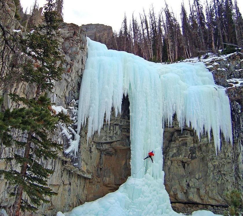 Удивительные замерзшие водопады по всему миру 0 141bb7 a6489aee orig