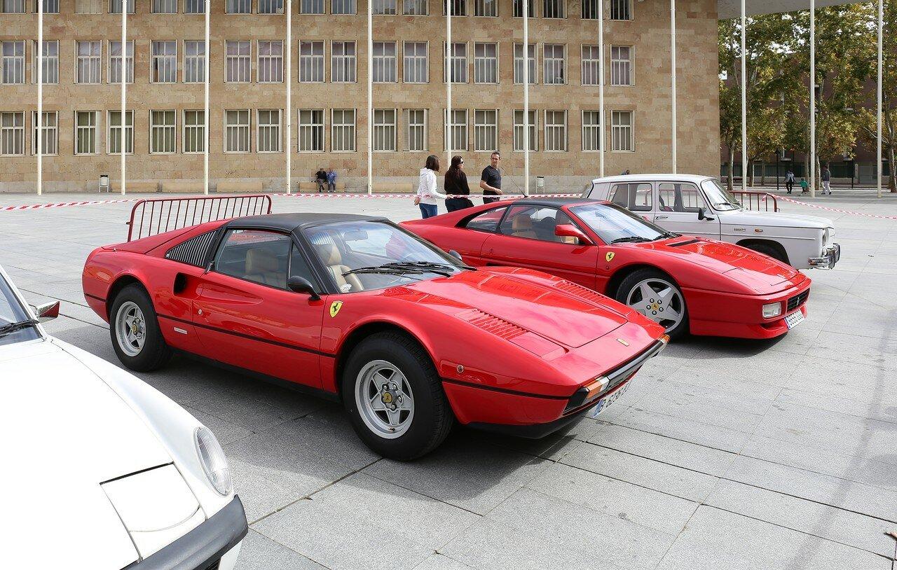 Парад ретроавтомобилей в Логроньо. Ferrari 308 GTS