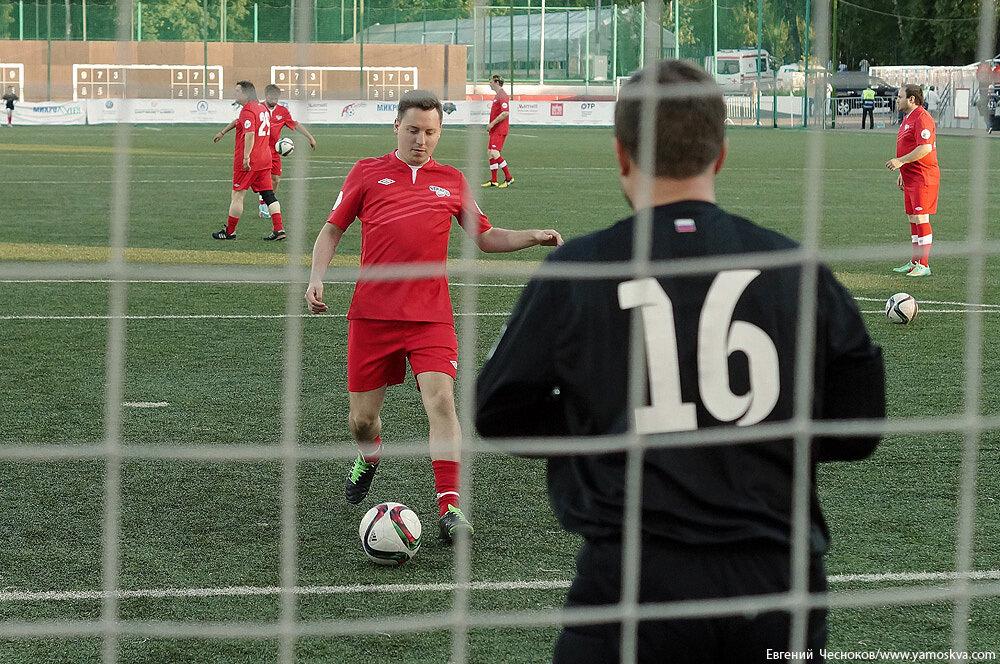 Лето. Арт-футбол. Россия-Словения. 08.06.15.06..jpg