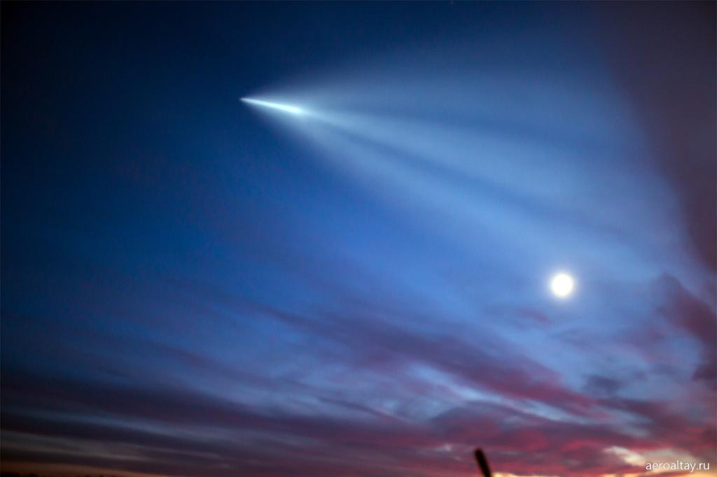 Ракета Союз взлетает над Алтаем