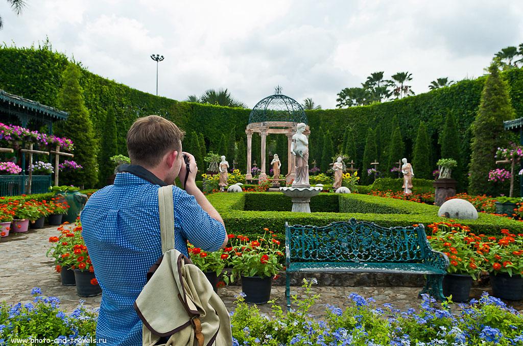 5. Владелец Canon снимает ротонду в Итальянском саду парка Нон Нуч