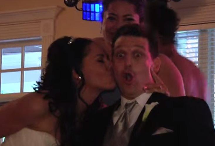 Развеселый танец подружки невесты. Откровенное видео!
