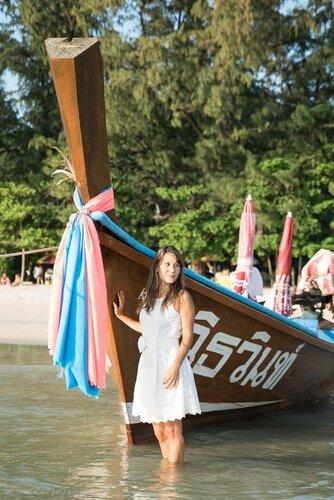 Рыбацкая лодка, пляж Ката
