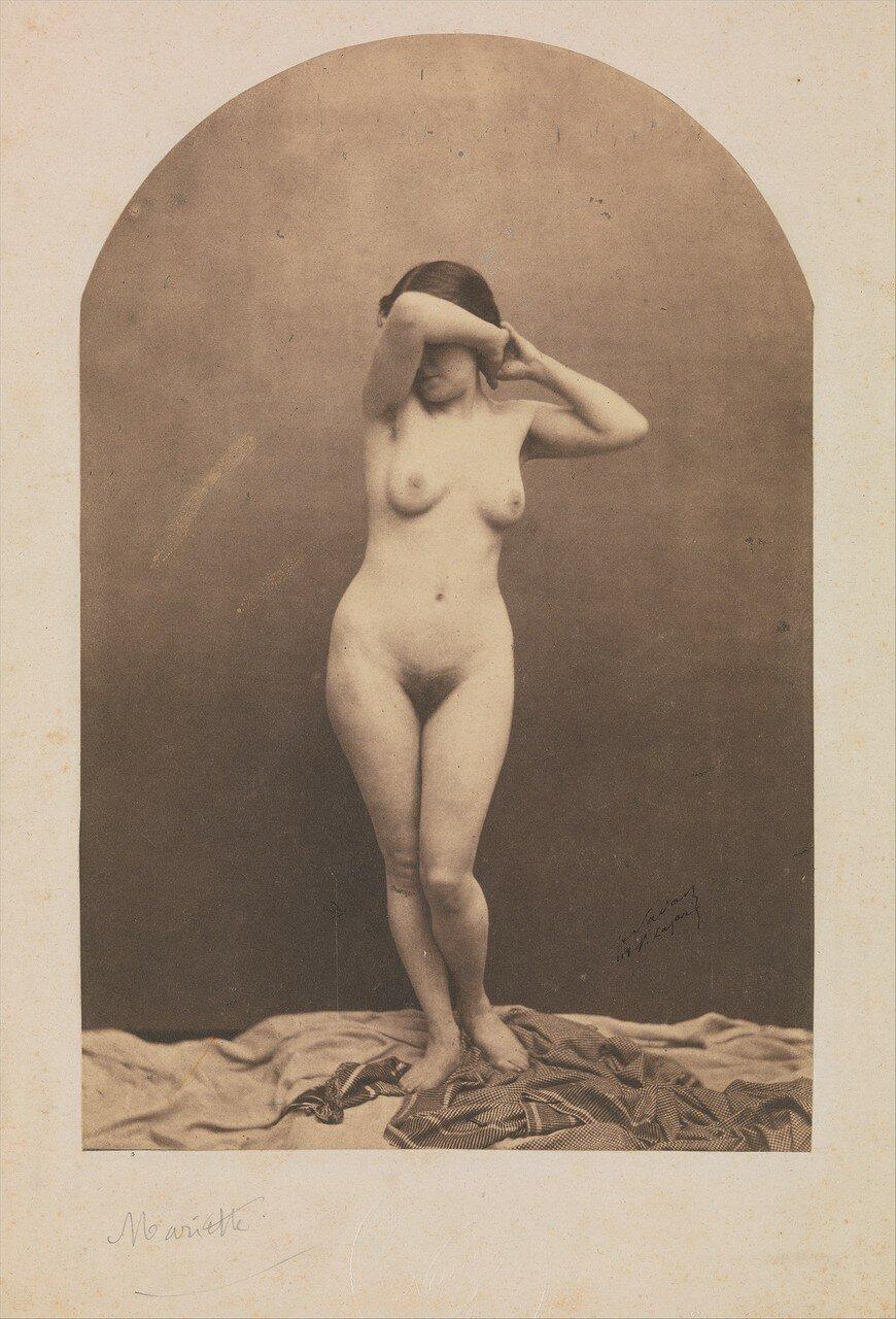 1860. Стоящая обнаженная женщина
