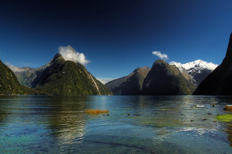 Озеро Манапоури. Новая Зеландия