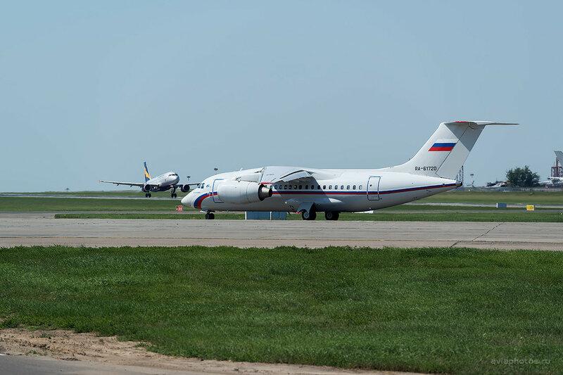Антонов Ан-148-100E (RA-61720) Россия D809489
