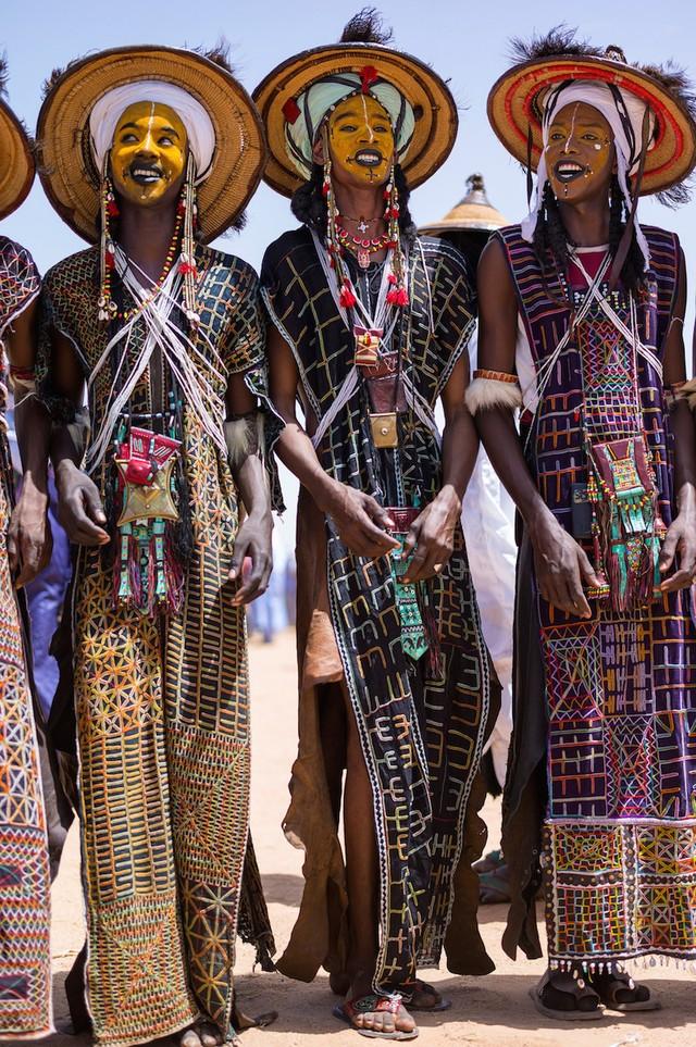 Фото семейных племен и их наряды фото 405-332