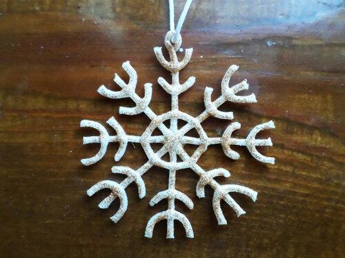 Снежинка из холодного фарфора
