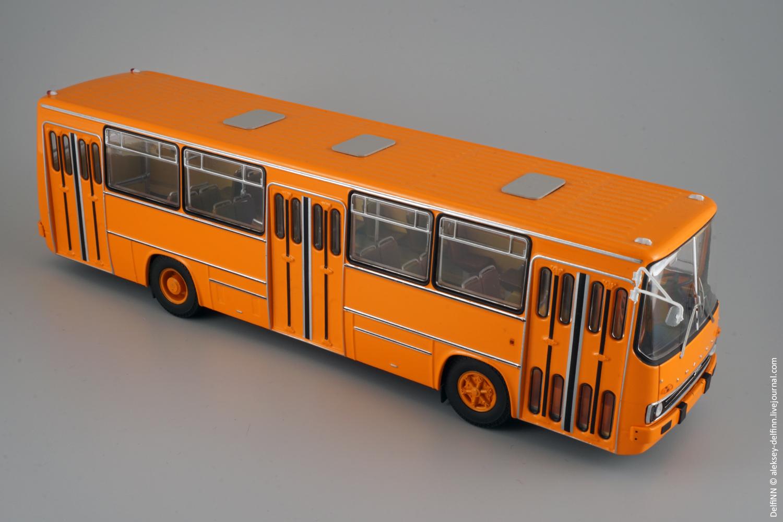 Ikarus-260-100.jpg