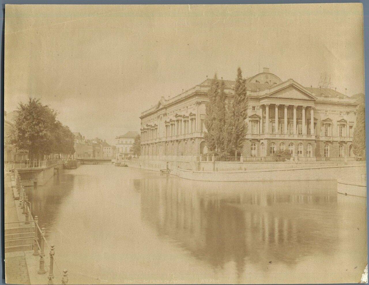Гент. Здание суда