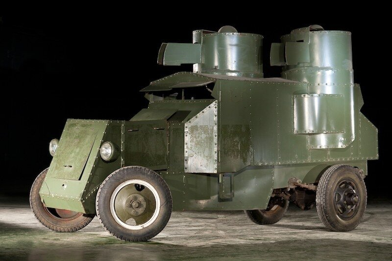 Бронеавтомобиль Остин-Путиловец (1916-1920).jpg