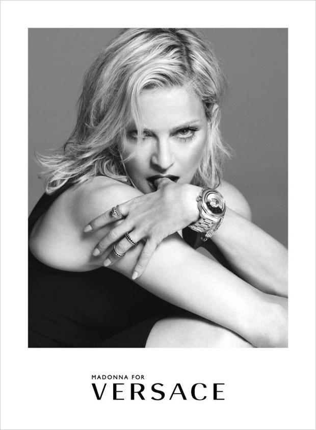 Madonna в рекламной фотосессии для Versace (3 фото)
