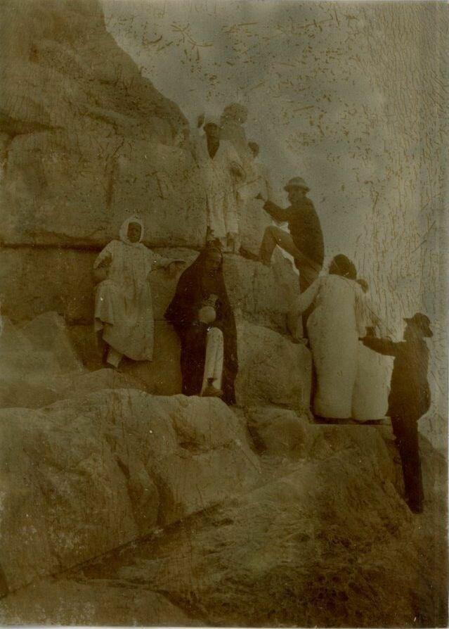 Гиза. Подъем на Великую пирамиду. 1880-е