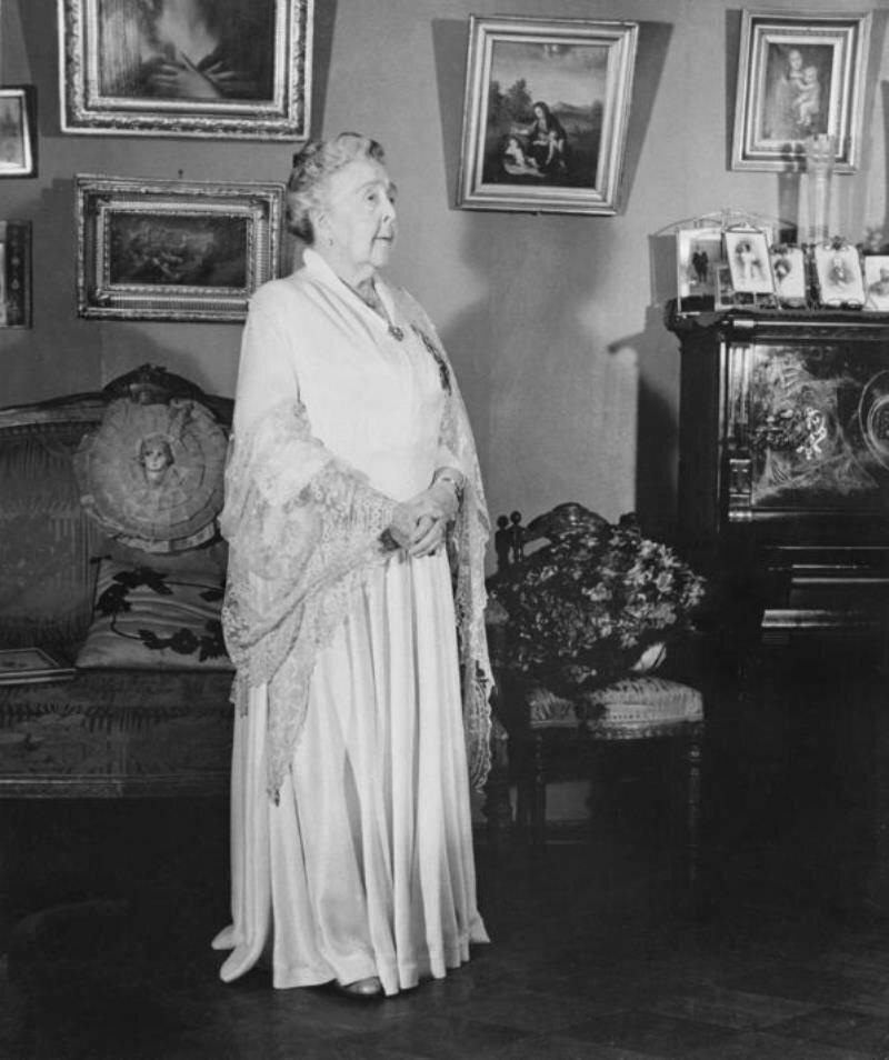 1958. Актриса Александра Яблочкина