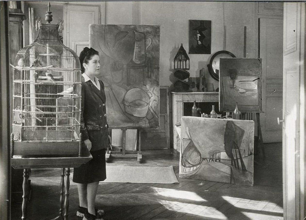1946. Дора Маар в своей студии на Рю де Савойя