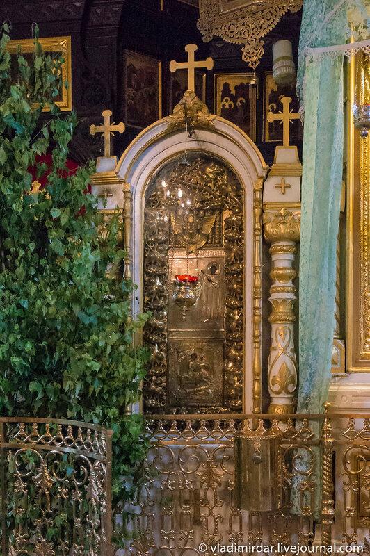 икона Святого Трифона  Храме в честь иконы Божьей Матери «Нечаянная радость» в Марьиной Роще
