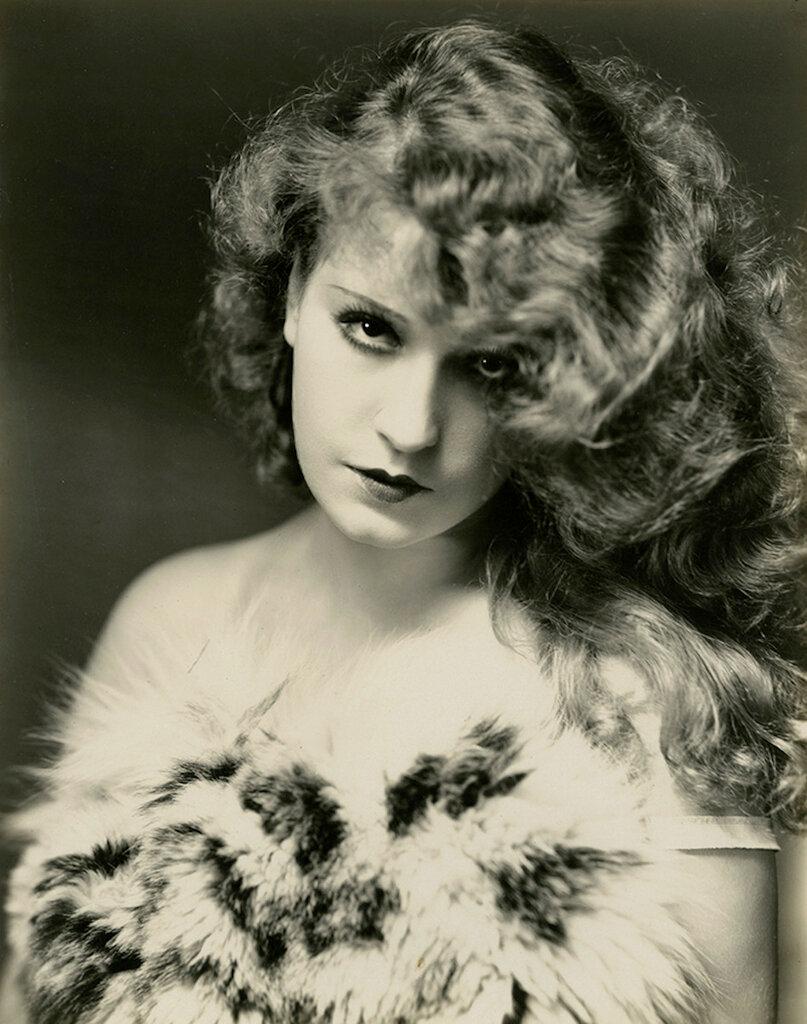 Lili Damita photographed by Kenneth Alexander, c. 1928.jpg