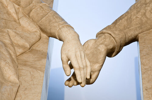 Las manos del Amor