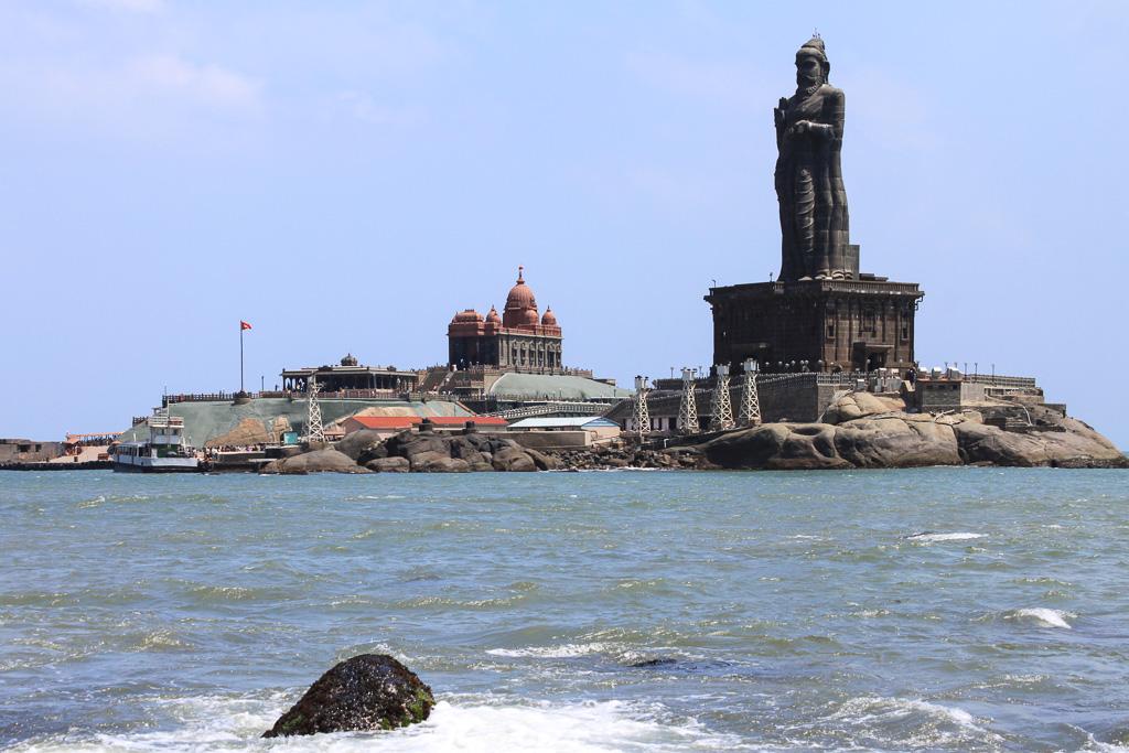 Фото 22. Город Каньякумари в Индии, мемориал Вивекананды