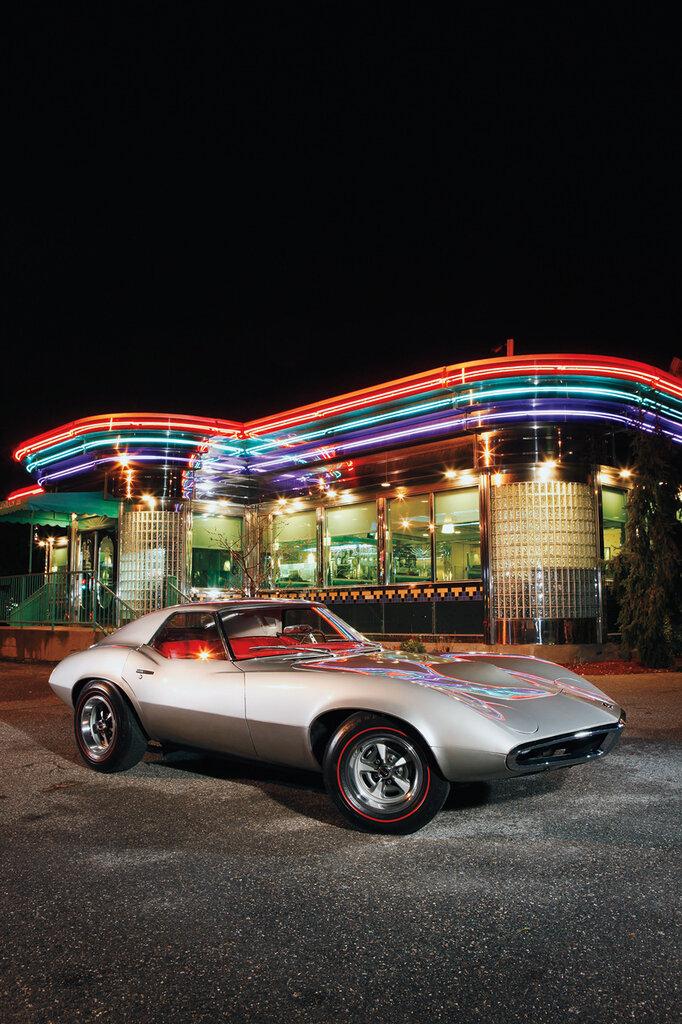 1965-Pontiac-Banshee-front-three-quarters.jpg