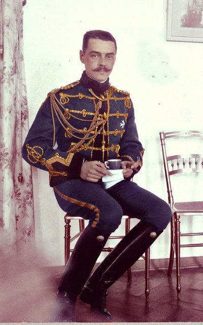 officer_by_kraljaleksandar-d2x57si.jpg