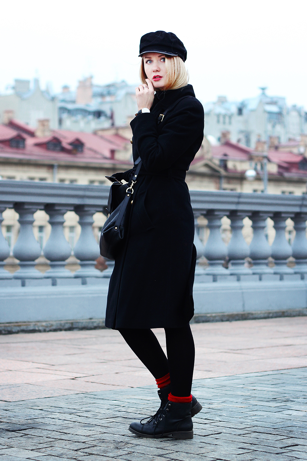 Ines De La Fressange for UNIQLO, inspiration, streetstyle, autumn outfit, autumn streetstyle, moscow fashion week, annamidday, top fashion blogger, top russian fashion blogger, фэшн блогер, русский блогер, известный блогер, топовый блогер, russian bloger, top russian blogger, streetfashion, russian fashion blogger, blogger, fashion, style, fashionista, модный блогер, российский блогер, ТОП блогер, ootd, lookoftheday, look, популярный блогер, российский модный блогер, russian girl, с чем носить черное пальто,  girly, how to wear hat, military coat, french style, стиль француженок, французский стиль, стиль милитари, socks in boots, с чем носить кепи, красивая девушка, русская девушка, fashion week, Ines De La Fressange, Инес Де Ля Фрессанж