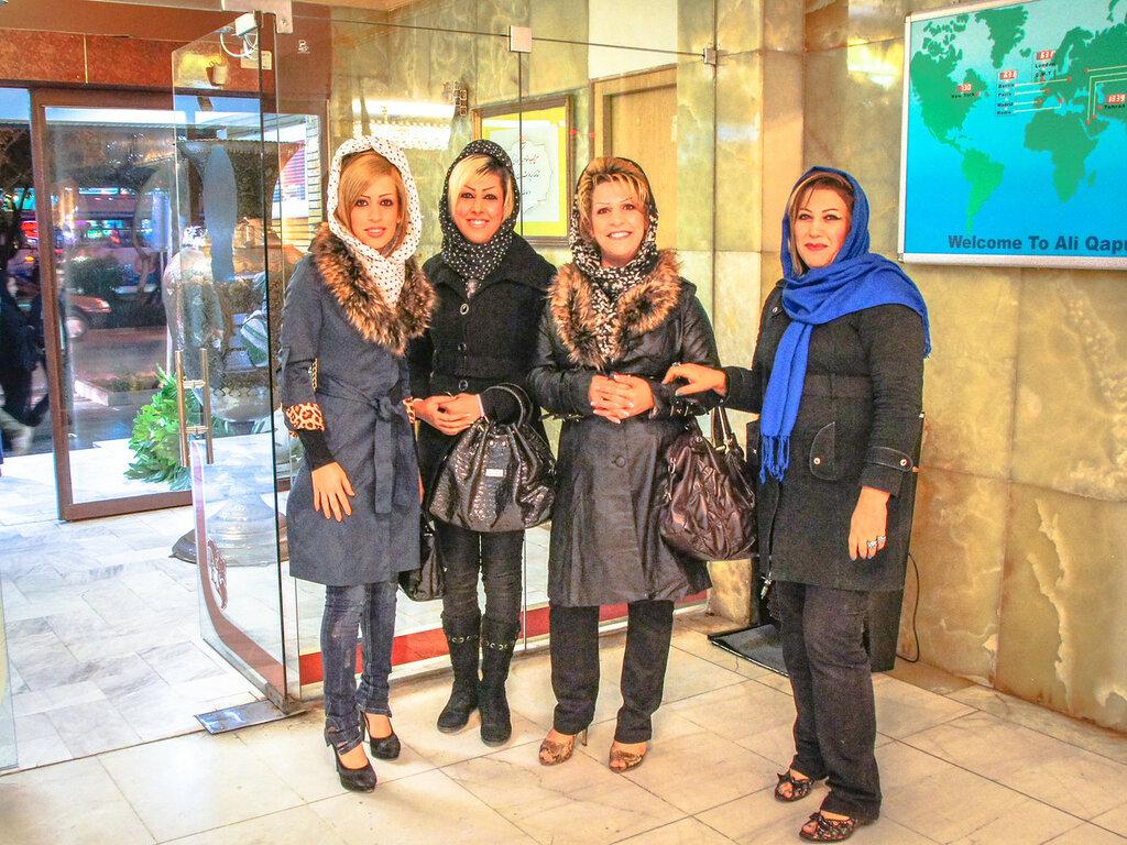 Иранские мама и дочка секс