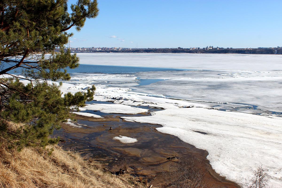 Заволжские льды