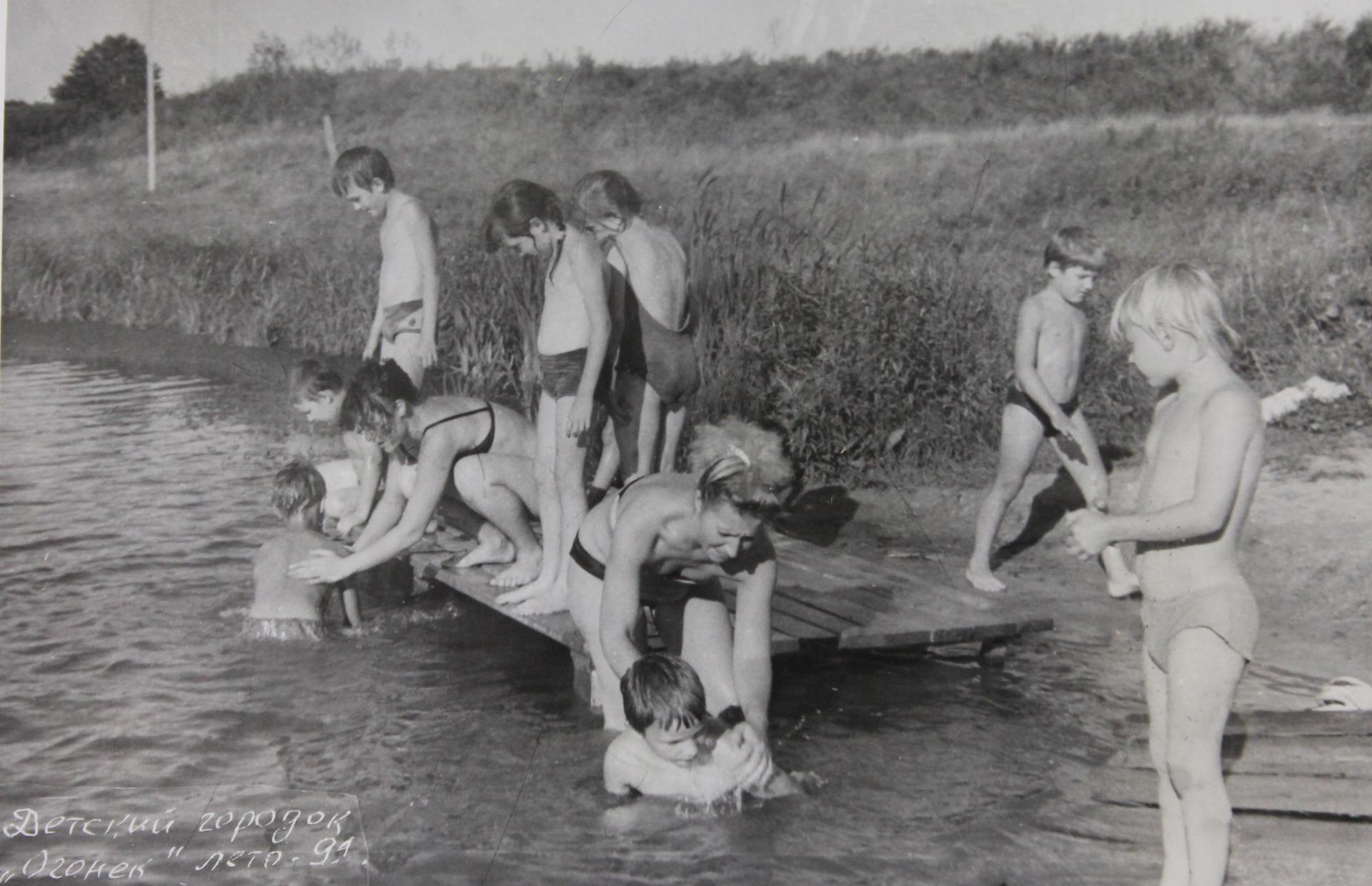 Розги в пионерском лагере 23 фотография