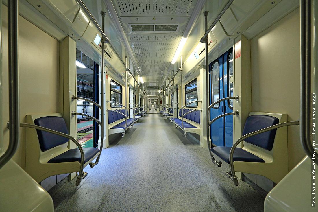 интерьеры вагонов метро 81-760А