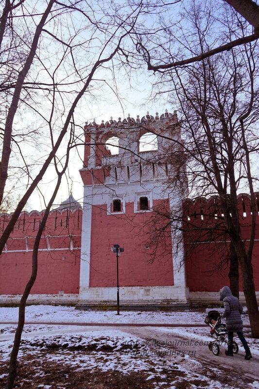 Восточная стена, Донской монастырь, Москва