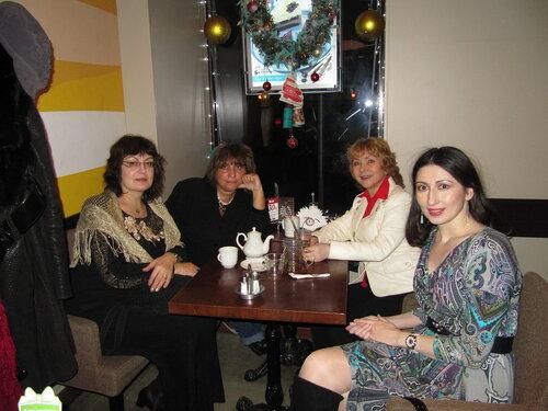 иранский фестиваль кафе.jpg