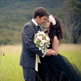 черное-свадебное-платье28.jpg