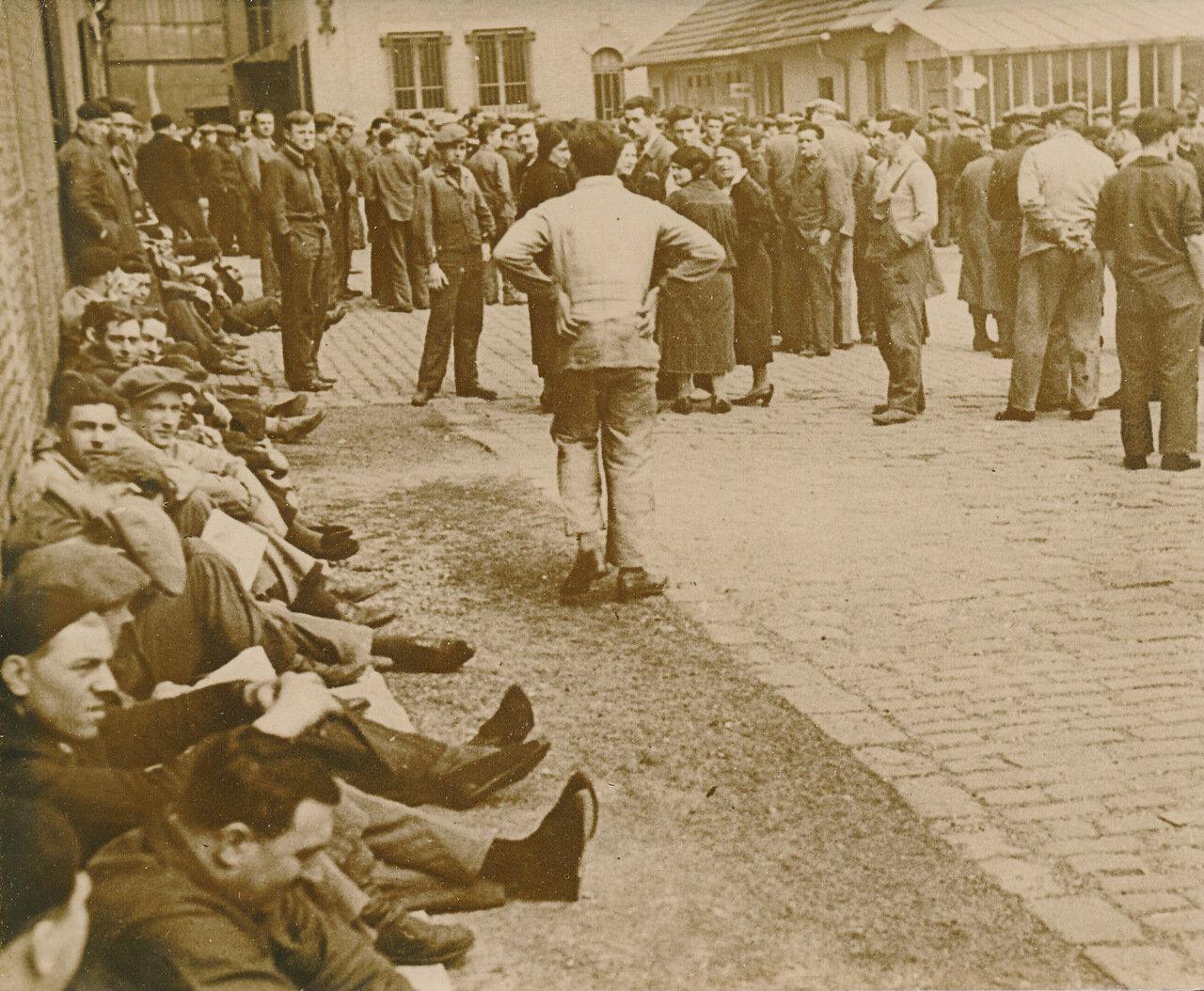 1936. Забастовка на заводе в Исси-ле-Мулино