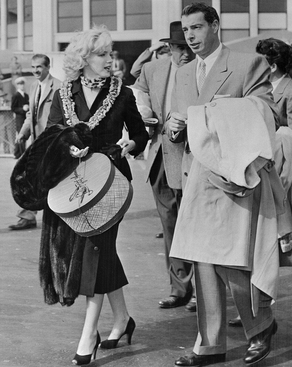 Marilyn with Joe Dimaggio