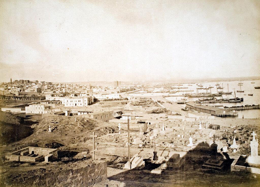 54. Баку. Панорама города и порта