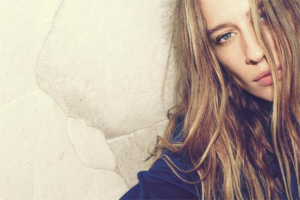 Наташа Войнович (Natasa Vojnovic) в рекламной фотосессии для Forte_Forte