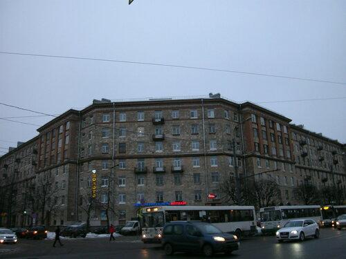 ул. Типанова 3