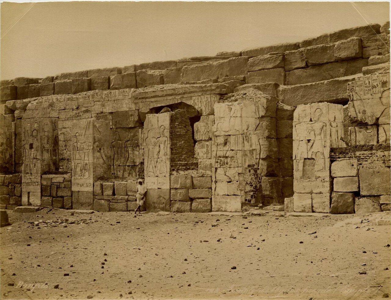 Абидос. Фасад храма Сети I