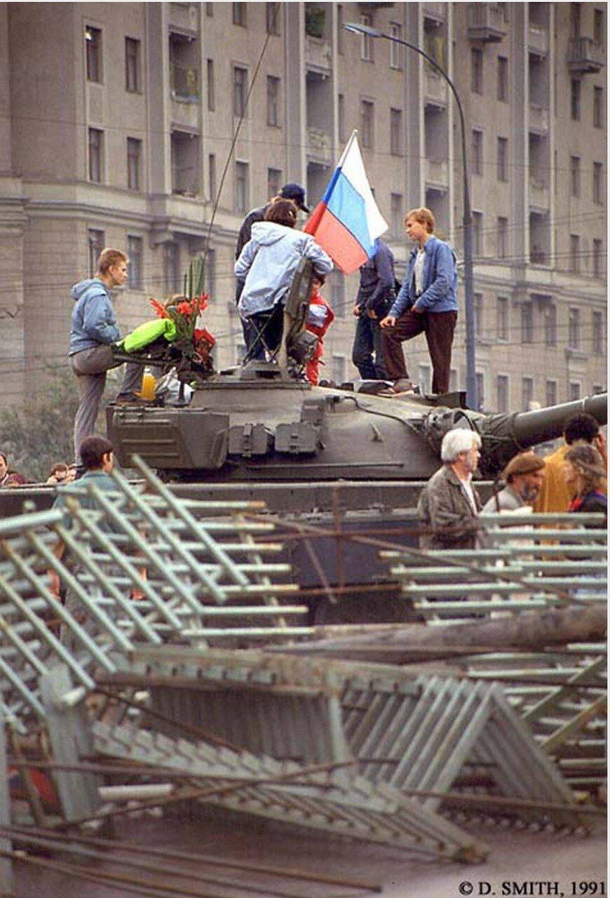 Гражданские на танке