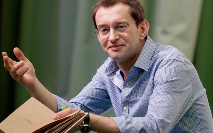 Новости русского шоу бизнеса: Константин Хабенский разыскивает в Челябинске молодые талант