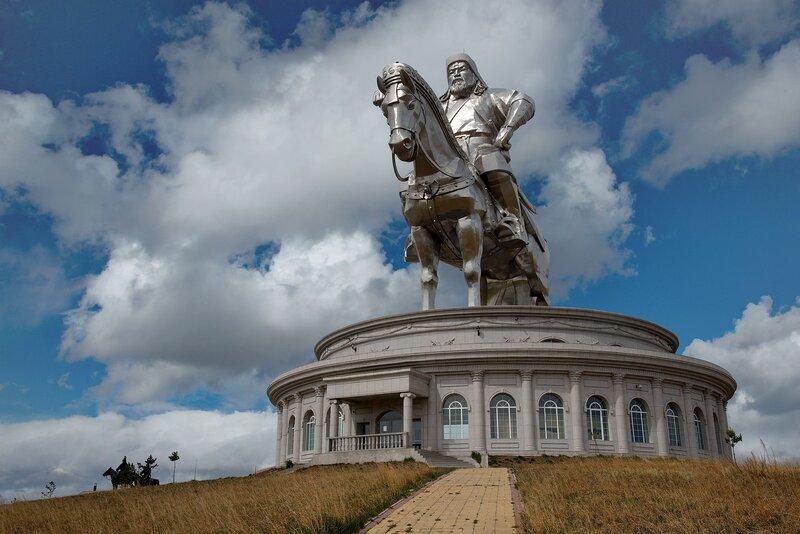 Памятник, достойный восхищения.